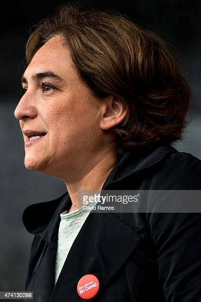 'Barcelona en Comu' Leader Ada Colau speaks during a Municipal Elections rally on May 20 2015 in Barcelona Spain The Leader of the newly founded...
