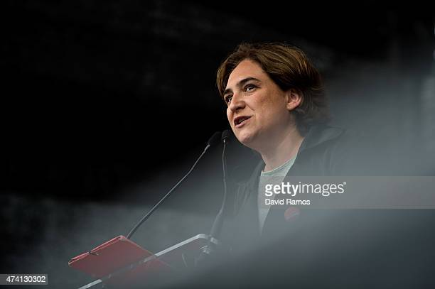 Barcelona en Comu' Leader Ada Colau speaks during a Municipal Elections rally on May 20, 2015 in Barcelona, Spain. The Leader of the newly founded...