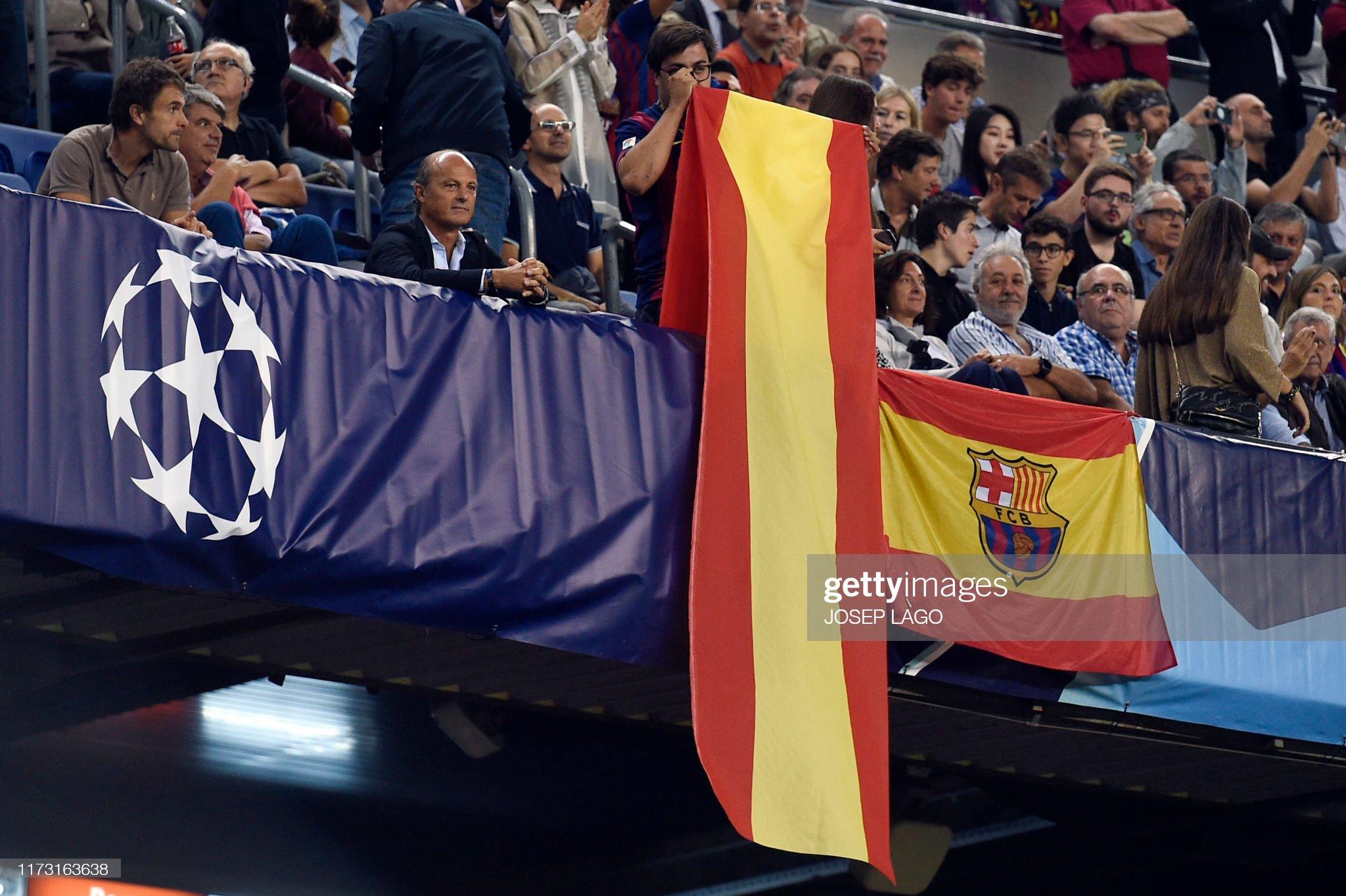 صور مباراة : برشلونة - إنتر 2-1 ( 02-10-2019 )  Barcelona-fan-unfolds-a-spanish-flag-on-the-grandstands-during-the-picture-id1173163638?s=2048x2048