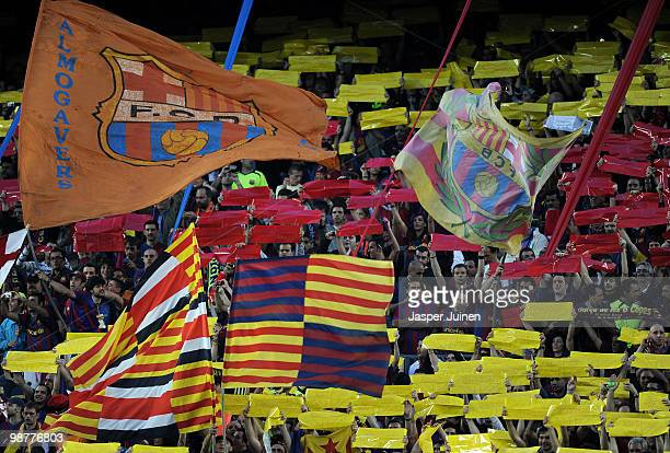 Barcelona fans cheers as players enter the pitch during the UEFA Champions League semi final second leg match between Barcelona and Inter Milan at...