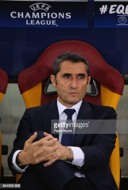 Barcelona head coach Ernesto Valverde looks on during the UEFA Champions League quarter final second leg between AS Roma and FC Barcelona at Stadio...