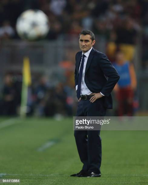 Barcelona head coach Ernesto Valverde shows his dejection during the UEFA Champions League quarter final second leg between AS Roma and FC Barcelona...