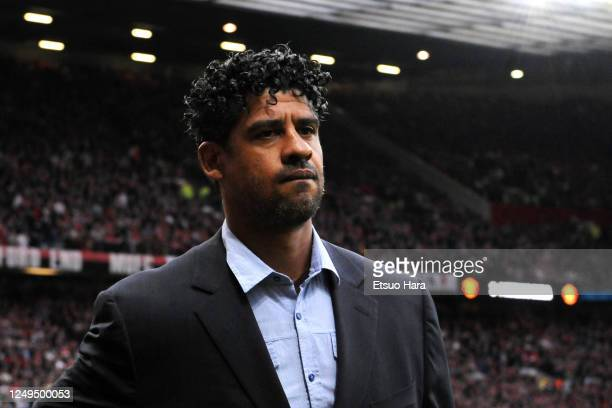 Barcelona head coach Frank Rijkaard is seen prior to the UEFA Champions League Semi Final second leg match between Manchester United and Barcelona at...