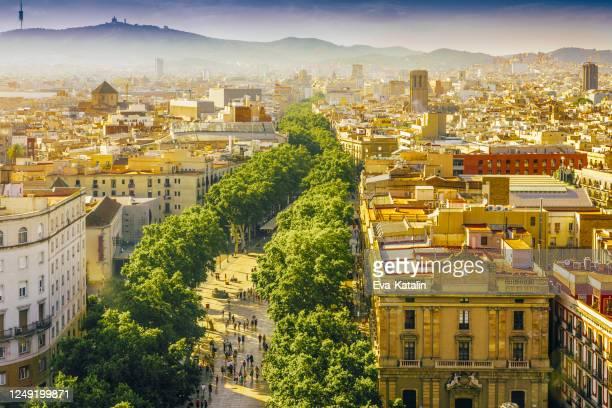 barcelona, la rambla - the ramblas stock pictures, royalty-free photos & images