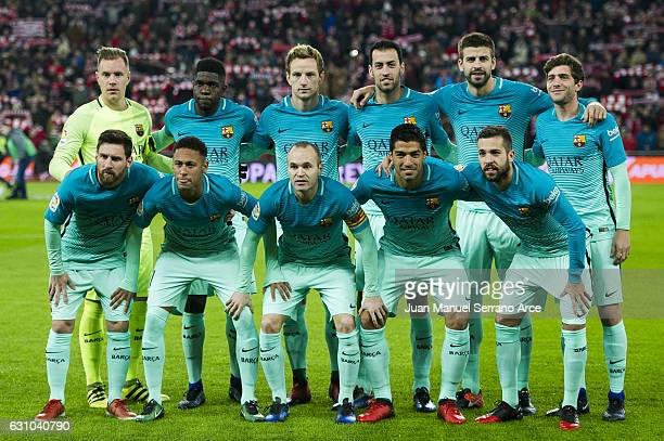 Barcelona line up for a team photo prior to the start the Copa del Rey Round of 16 first leg match between Athletic Club and FC Barcelona at San...