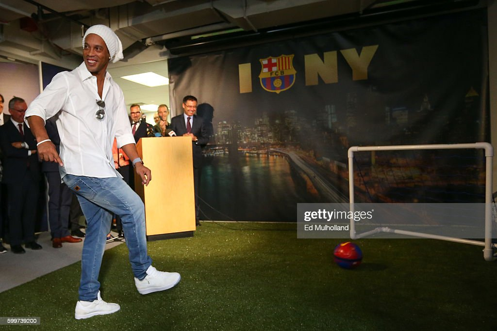 FC Barcelona marks the opening of its New York Office, its first office in the United States with a symbolic goal kicked by FCB legend Ronaldinho on September 6, 2016 in New York City.