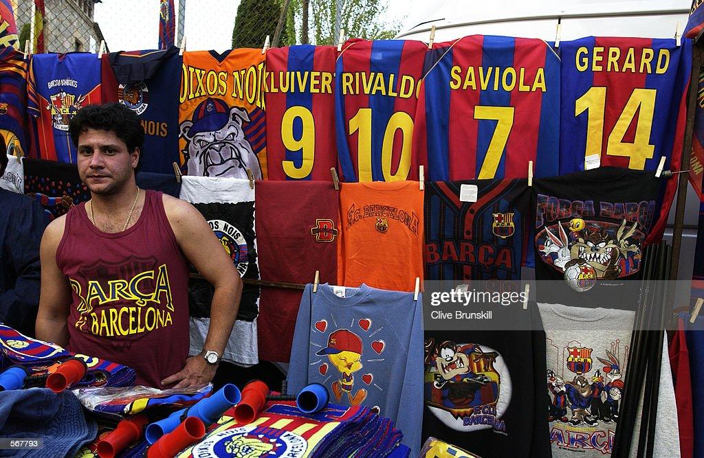 Barcelona merchandise : News Photo