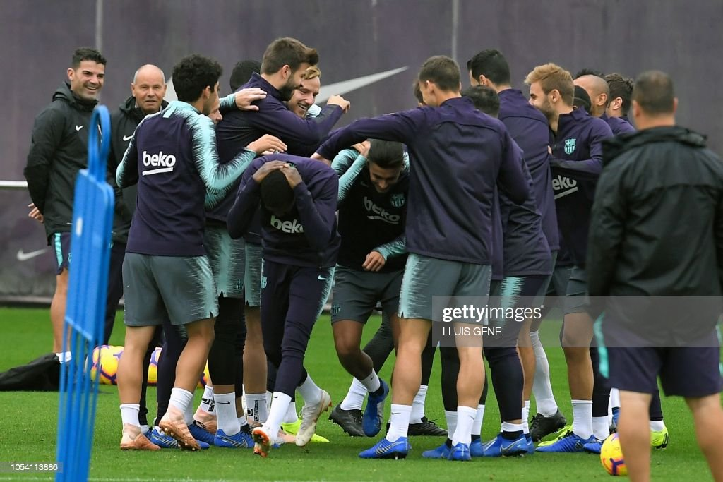 Barcelona players attend a training session at the FC Barcelona s ... b05cccff51961