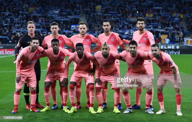 Barcelona players line up for a team photo prior to the La Liga match between RCD Espanyol and FC Barcelona at RCDE Stadium on December 8 2018 in...