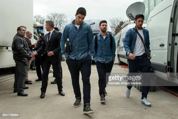 Barcelona players Luis Suarez Lionel Messi and Neymar JR arrive at Estadio de Mendizorroza before during the La Liga match between Deportivo Alaves...