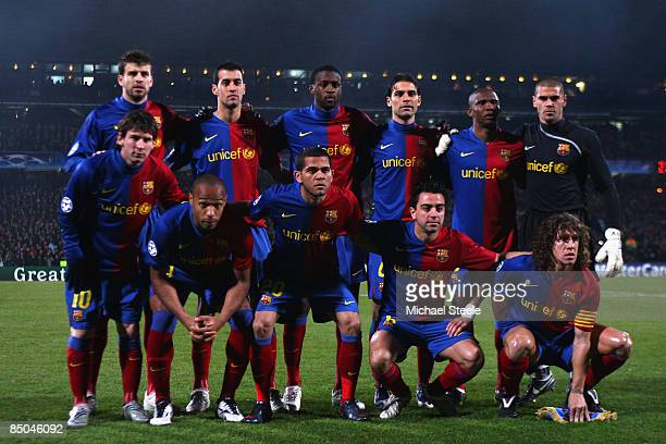 Barcelona pose for a team photo during the UEFA Champions League First Knock out round first Leg match between Lyon and Barcelona at the Stade de...