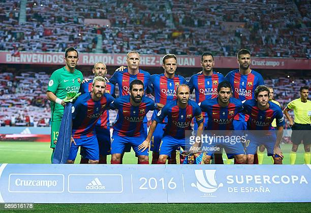 Barcelona poses for a photo prior to the match between Sevilla FC vs FC Barcelona as part of the Spanish Super Cup Final 1st Leg at Estadio Ramon...