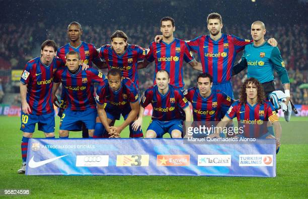 Barcelona poses for a team picture prior to the start ofthe La Liga match between Barcelona and Sevilla at the Camp Nou stadium on January 16 2010 in...
