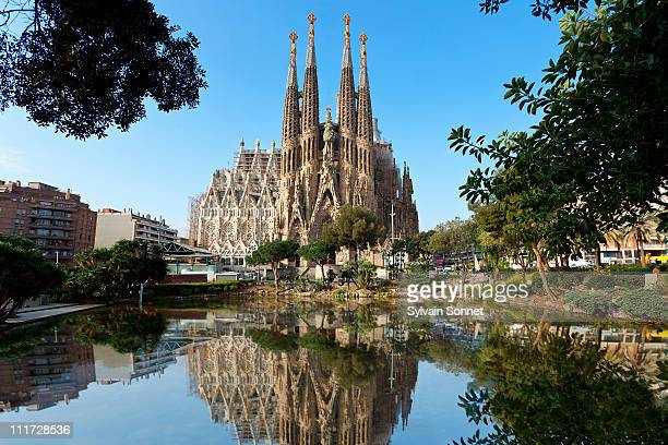 barcelona, sagrada familia - barcelona stock pictures, royalty-free photos & images