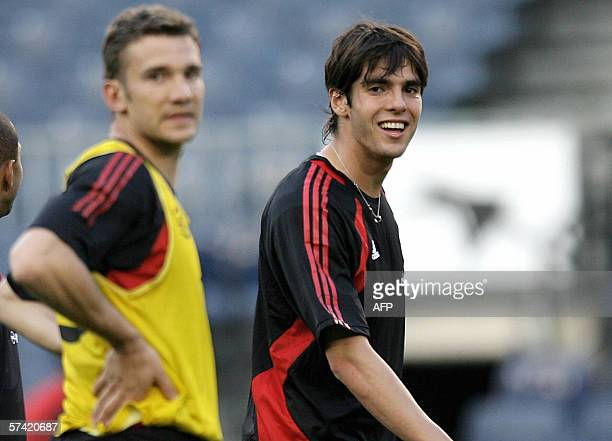 AC Milan's Kaka smiles by Andrij Shevchenko during a training session at the Camp Nou stadium in Barcelona 25 April 2006 on the eve of their...