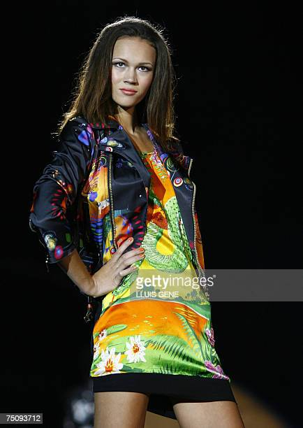 Model Veronica Blume presents a creation of Custo Barcelona at Montjuic Castle during 'Bread & Butter' fashion show, 06 July 2007, in Barcelona. AFP...