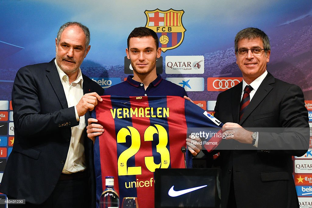 FC Barcelona Unveil New Signing Thomas Vermaelen : News Photo