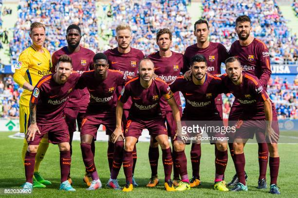 Barcelona squad poses for photos during the La Liga 201718 match between Getafe CF and FC Barcelona at Coliseum Alfonso Perez on 16 September 2017 in...