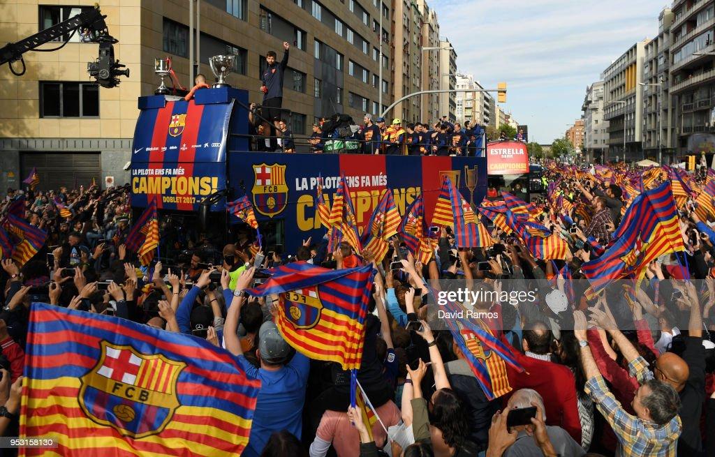FC Barcelona Victory Parade : News Photo