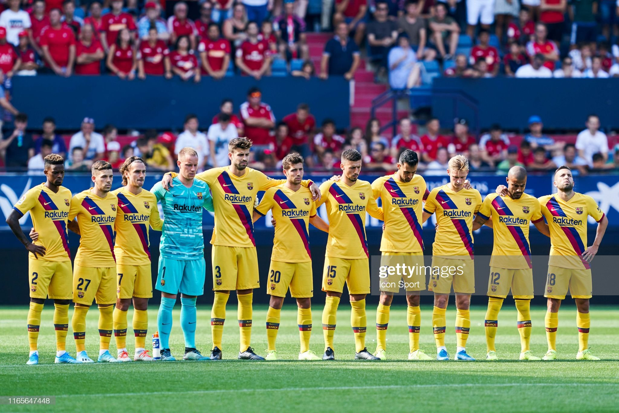 صور مباراة : أوساسونا - برشلونة 2-2 ( 31-08-2019 )  Barcelona-team-during-the-liga-match-between-osasuna-and-barcelona-at-picture-id1165647448?s=2048x2048