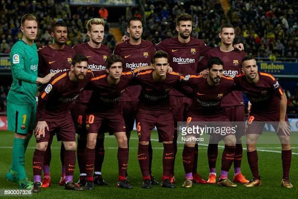 FC Barcelona team lines up prior to the La Liga game between Villarreal CF and FC Barcelona at Estadio de la Ceramica on December 10 2017 in Vilareal...