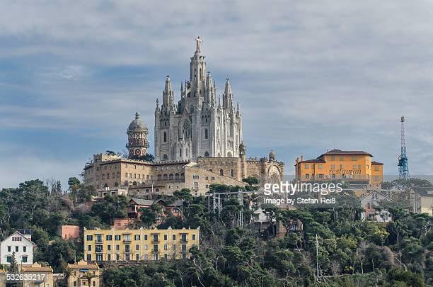 barcelona - tibidabo - sagrat cor - sagrat cor stock pictures, royalty-free photos & images