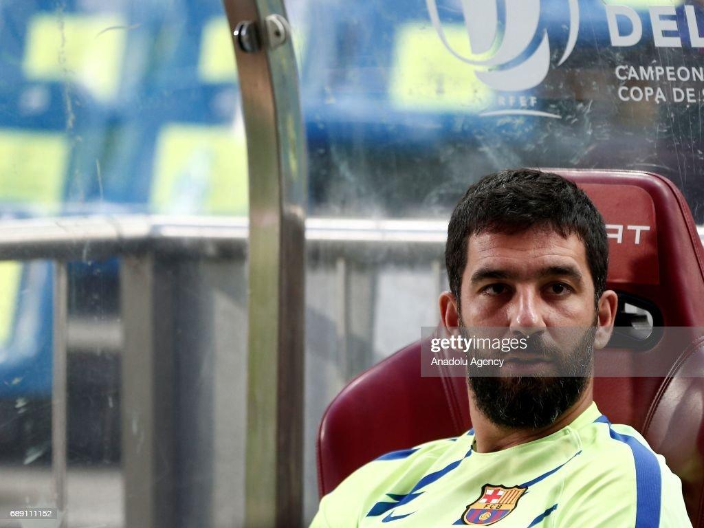 Barcelona vs Deportivo Alaves - Copa Del Rey Final : News Photo