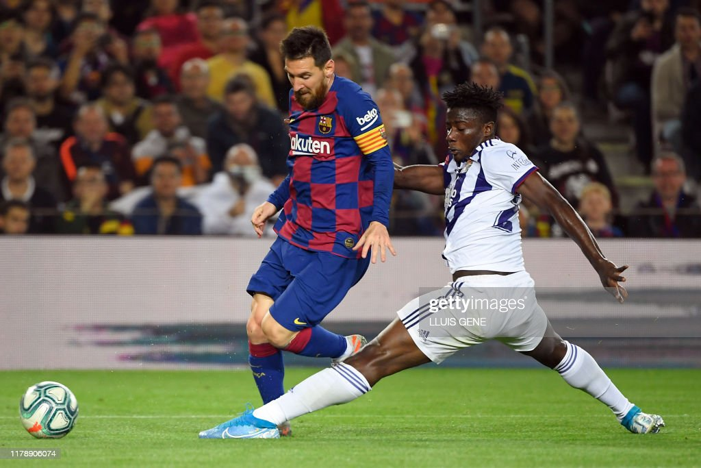 FBL-ESP-LIGA-BARCELONA-VALLADOLID : News Photo