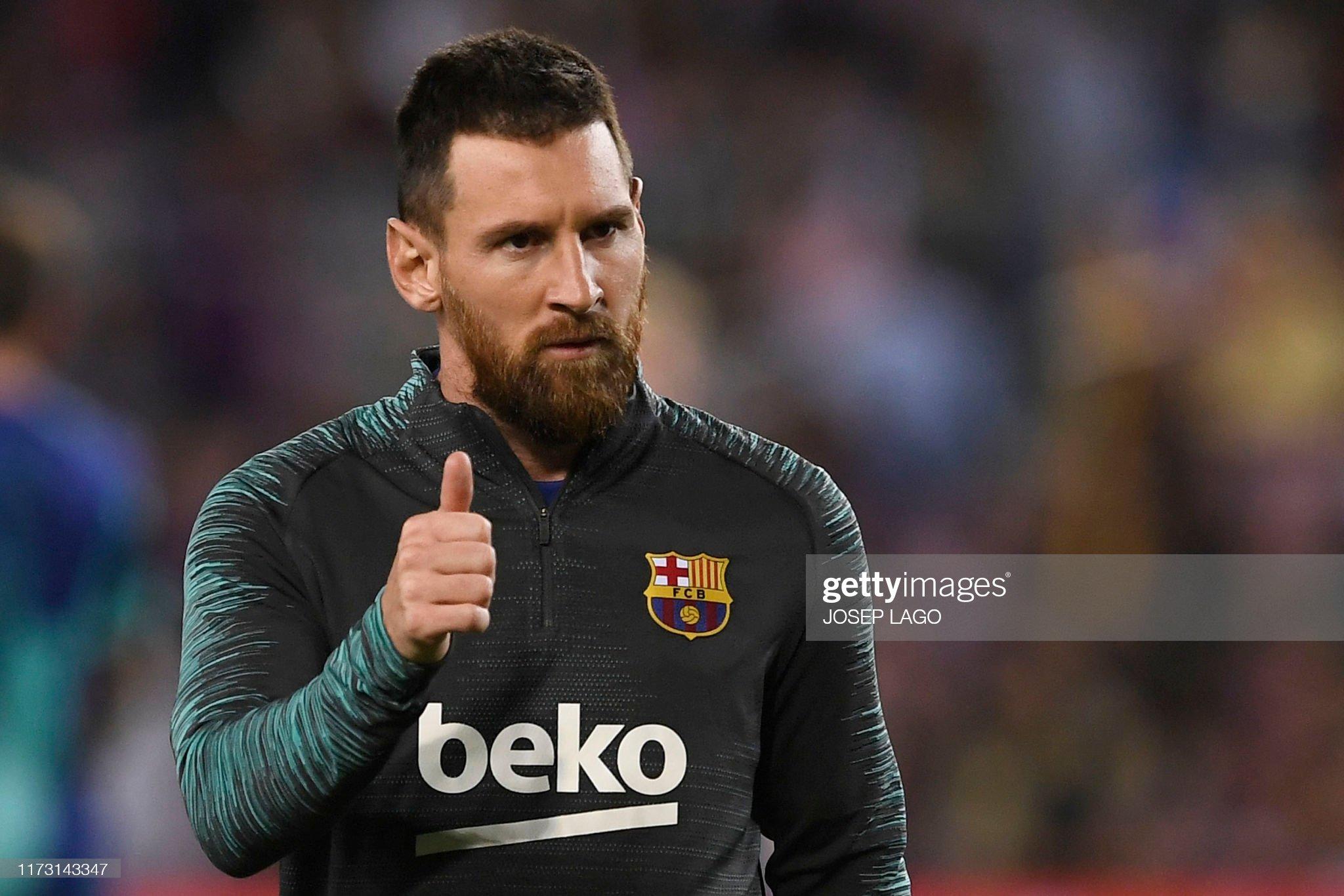 صور مباراة : برشلونة - إنتر 2-1 ( 02-10-2019 )  Barcelonas-argentine-forward-lionel-messi-warms-up-before-the-uefa-picture-id1173143347?s=2048x2048