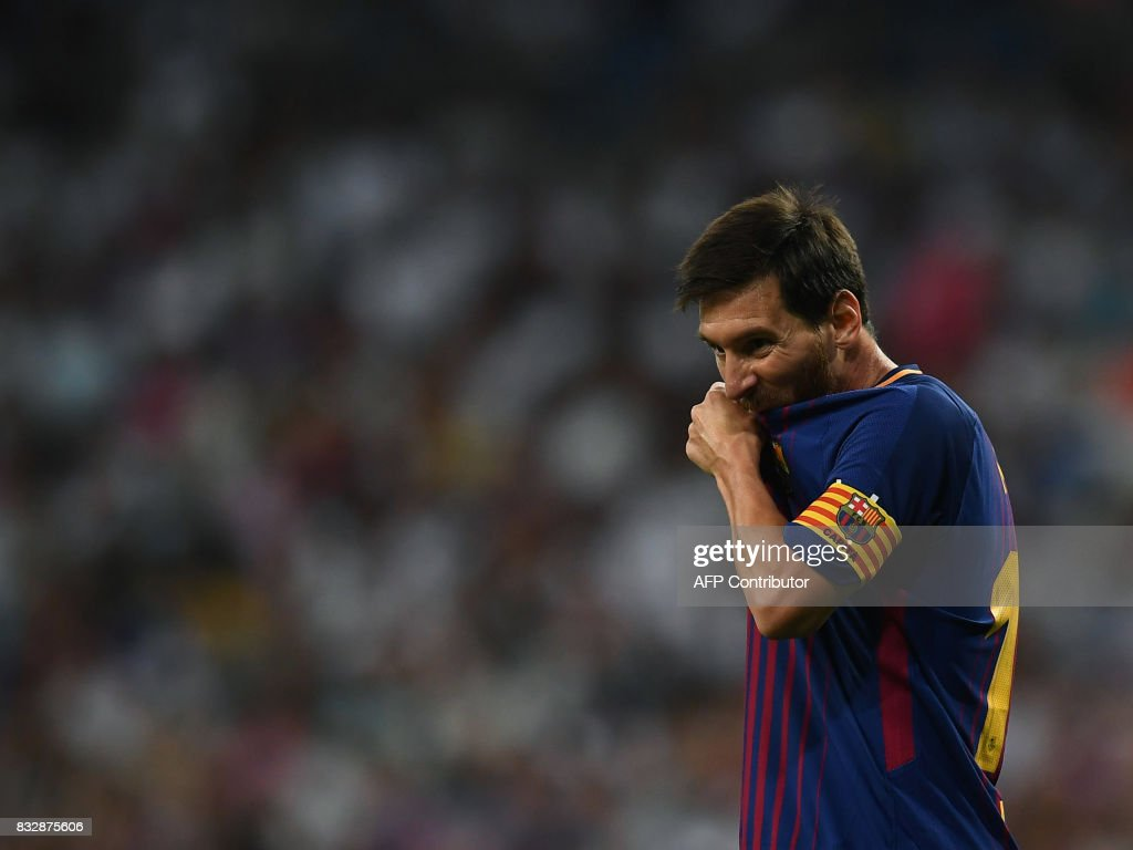 Barcelona's Argentinian forward Lionel Messi gestures during the second leg of the Spanish Supercup football match Real Madrid vs FC Barcelona at the Santiago Bernabeu stadium in Madrid, on August 16, 2017. /