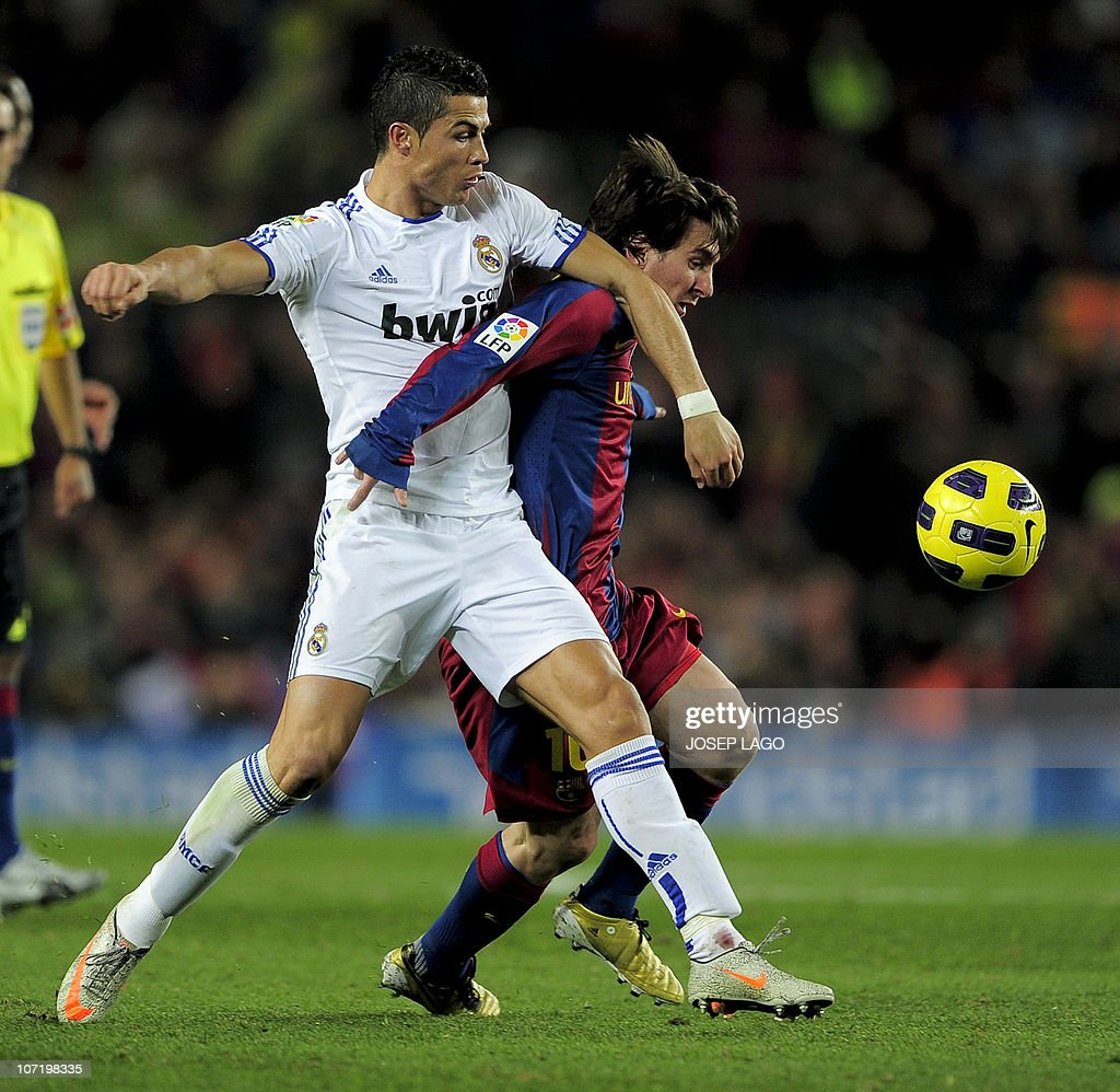 Barcelona's Argentinian forward Lionel M : News Photo