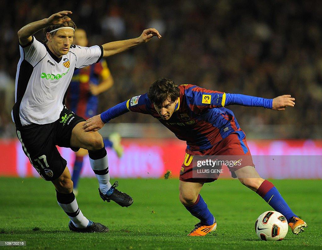 Barcelona's Argentinian forward Lionel M : Foto di attualità