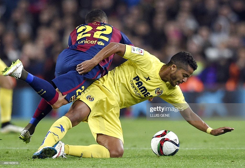 FBL-ESP-CUP-BARCELONA-VILLARREAL : News Photo