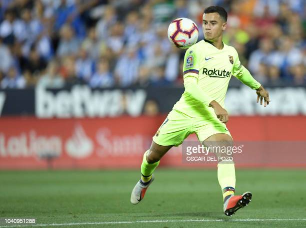 Barcelona's Brazilian midfielder Philippe Coutinho prepares to shoot and score the opening goal during the Spanish league football match Club...