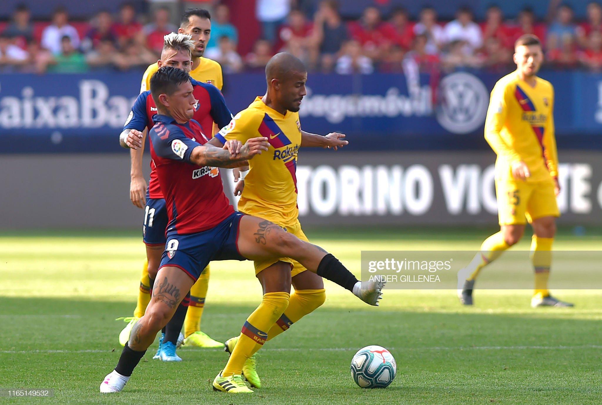 صور مباراة : أوساسونا - برشلونة 2-2 ( 31-08-2019 )  Barcelonas-brazilian-midfielder-rafinha-vies-with-osasunas-spanish-picture-id1165149532?s=2048x2048