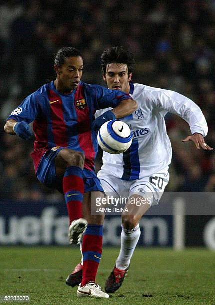 Barcelona's Brazilian Ronaldinho vies for the ball with Chelsea's Portuguese Paulo Ferreira during the Champions league football match at Camp Nou...