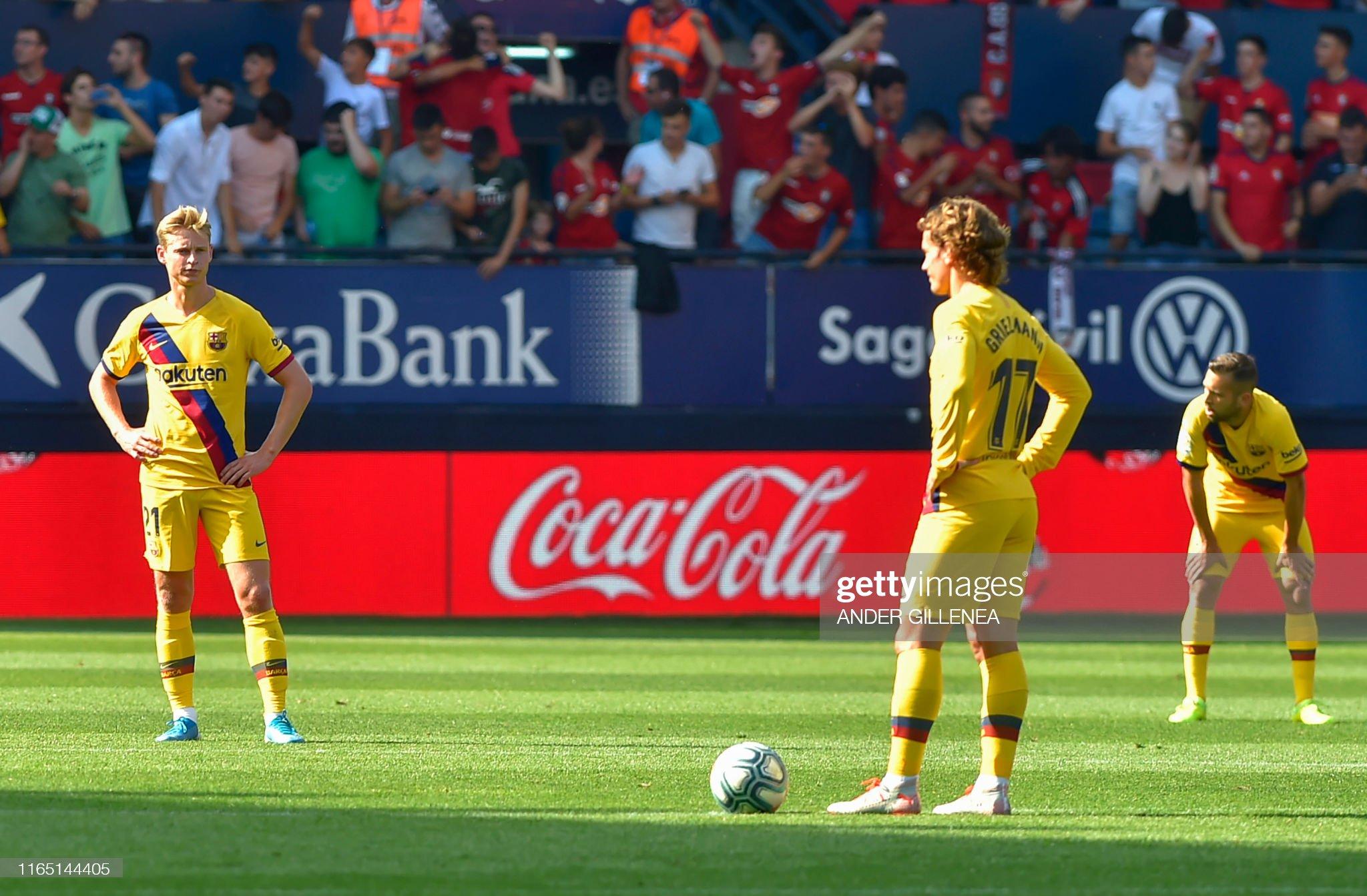 صور مباراة : أوساسونا - برشلونة 2-2 ( 31-08-2019 )  Barcelonas-dutch-midfielder-frenkie-de-jong-barcelonas-french-forward-picture-id1165144405?s=2048x2048