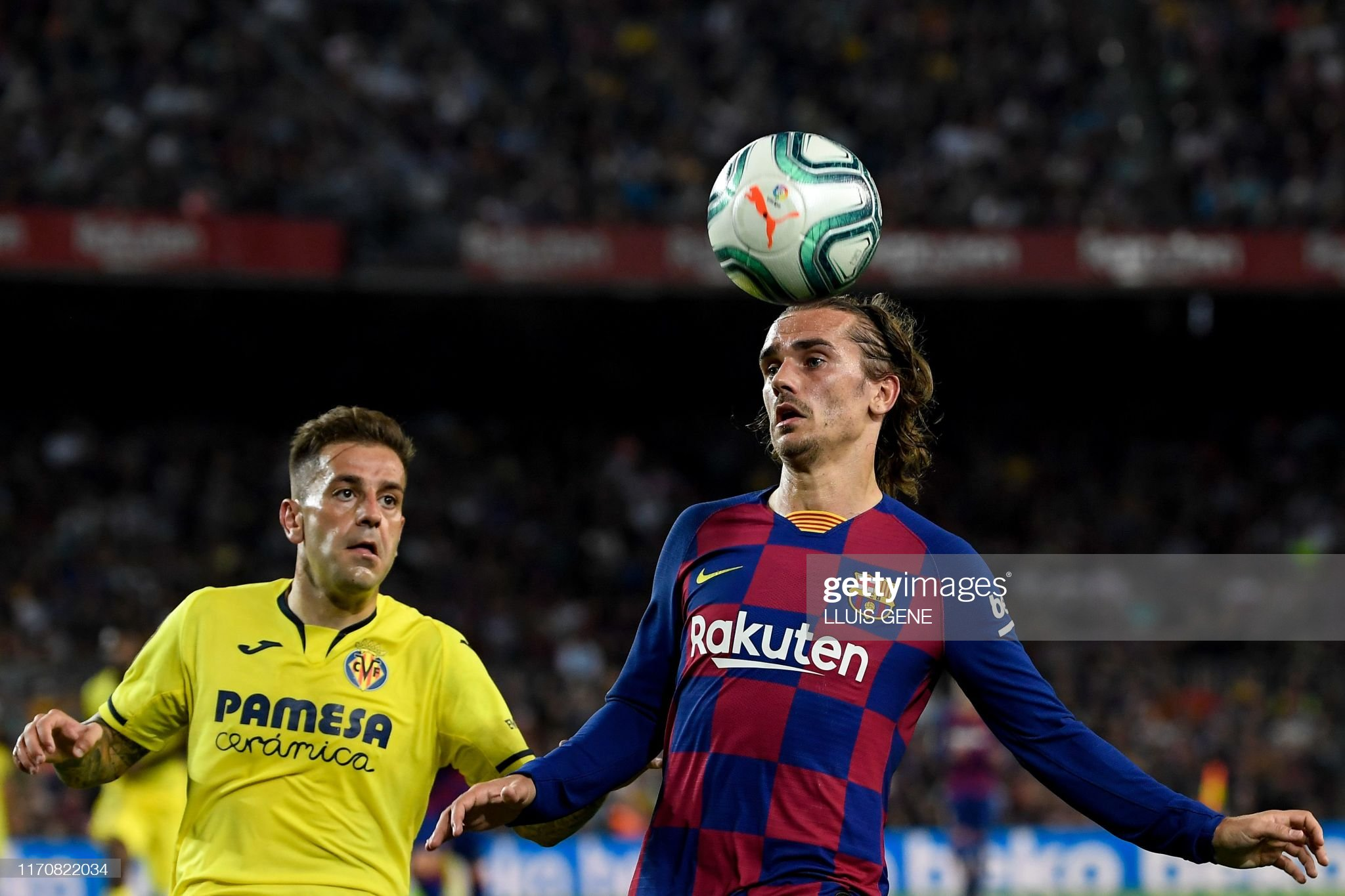 صور مباراة : برشلونة - فياريال 2-1 ( 24-09-2019 )  Barcelonas-french-forward-antoine-griezmann-heads-the-ball-next-to-picture-id1170822034?s=2048x2048