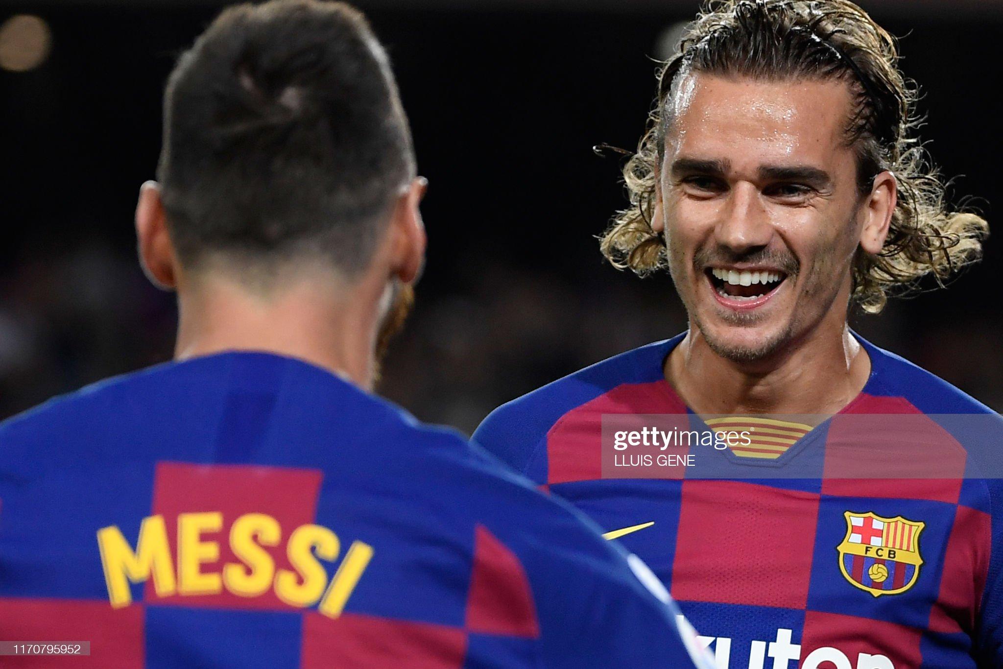 صور مباراة : برشلونة - فياريال 2-1 ( 24-09-2019 )  Barcelonas-french-forward-antoine-griezmann-is-congratulated-by-picture-id1170795952?s=2048x2048