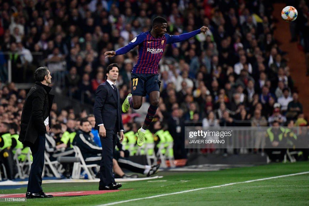 FBL-ESP-CUP-REAL MADRID-BARCELONA : News Photo