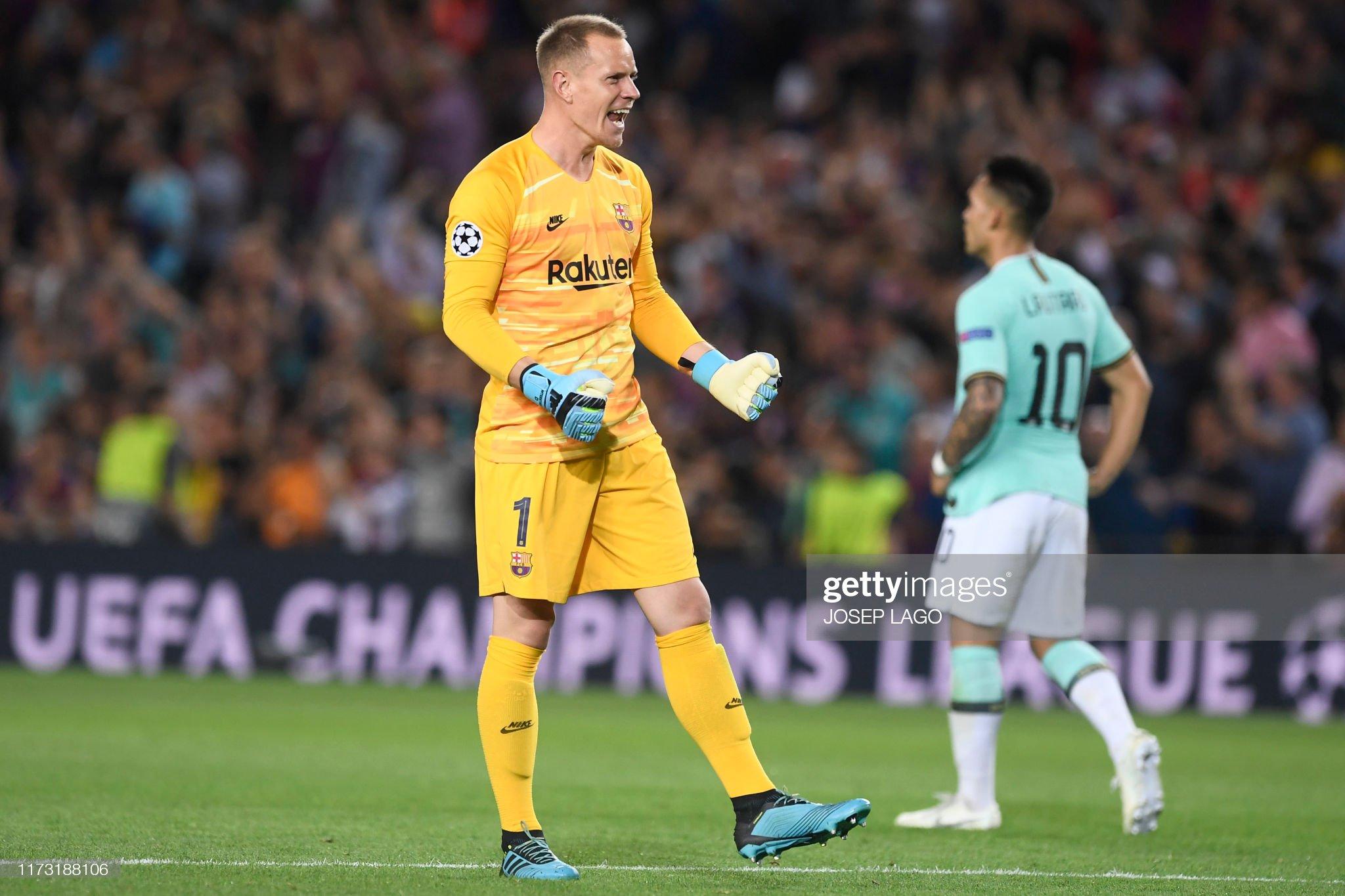 صور مباراة : برشلونة - إنتر 2-1 ( 02-10-2019 )  Barcelonas-german-goalkeeper-marcandre-ter-stegen-celebrates-luis-picture-id1173188106?s=2048x2048