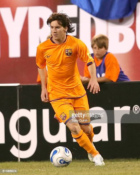 FC Barcelona's Lionel Messi moves the ball upfield versus New York at Giants Stadium E Rutherford NJ Aug 12 2006 FC Barcelona demolished New York 41...