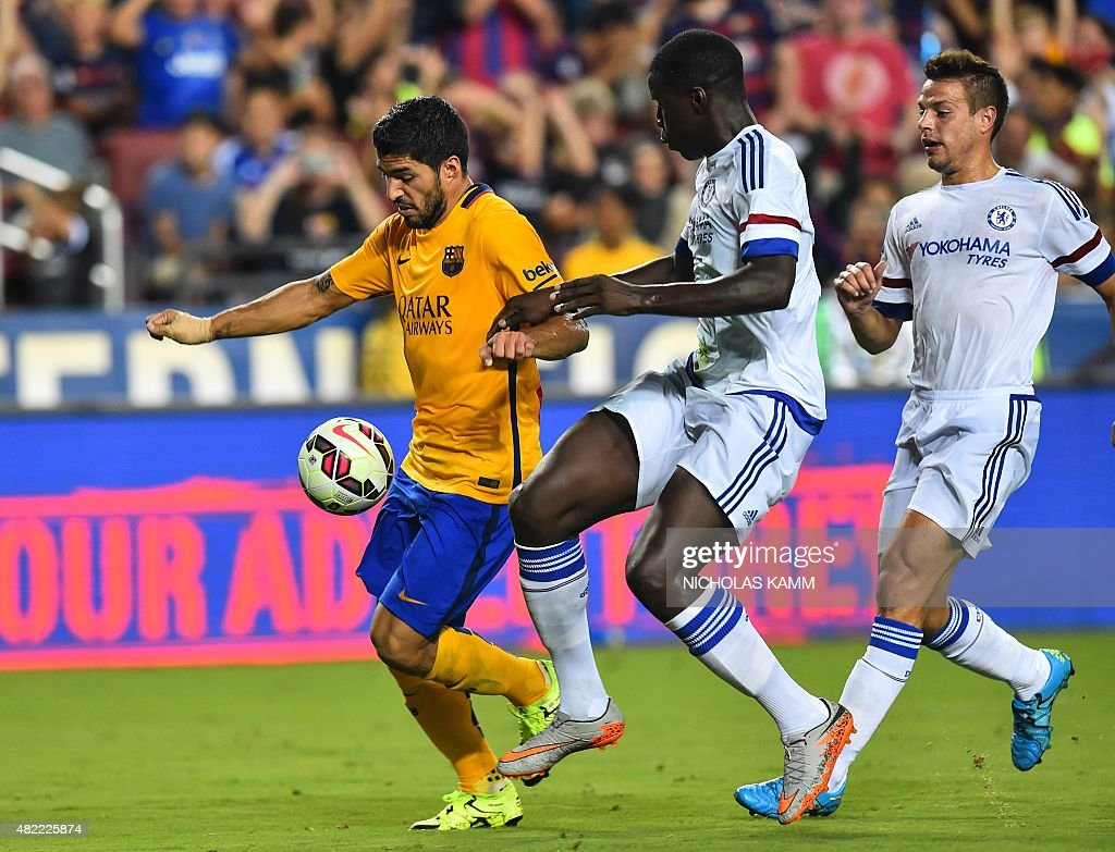 FBL-USA-ICCUP-CHELSEA-BARCELONA : News Photo