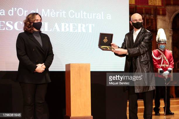 Barcelona's Mayor Ada Colau and Dancer and choreographer Cesc Gelabert receives his Gold Medal for Cultural Merit at Barcelona City Hall on January...