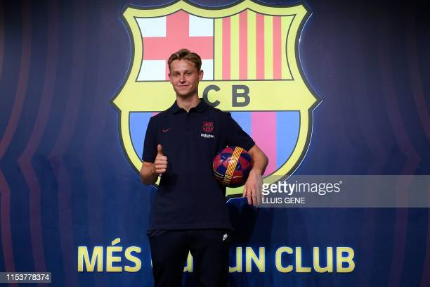 Barcelona's new Dutch midfielder Frenkie de Jong poses during a photocall in Barcelona on July 4 2019 on the eve of his official presentation by the...