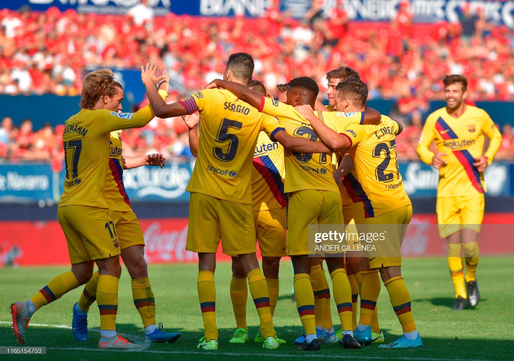 صور مباراة : أوساسونا - برشلونة 2-2 ( 31-08-2019 )  Barcelonas-players-celebrate-after-barcelonas-brazilian-midfielder-picture-id1165154753?s=2048x2048