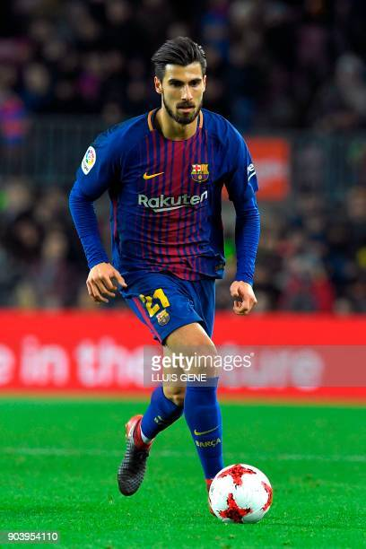 Barcelona's Portuguese midfielder Andre Gomes controls the ball during the Spanish Copa del Rey round of 16 second leg football match FC Barcelona vs...