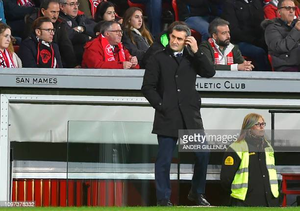 Barcelona's Spanish coach Ernesto Valverde gestures during the Spanish league football match Athletic Club Bilbao against FC Barcelona at the San...