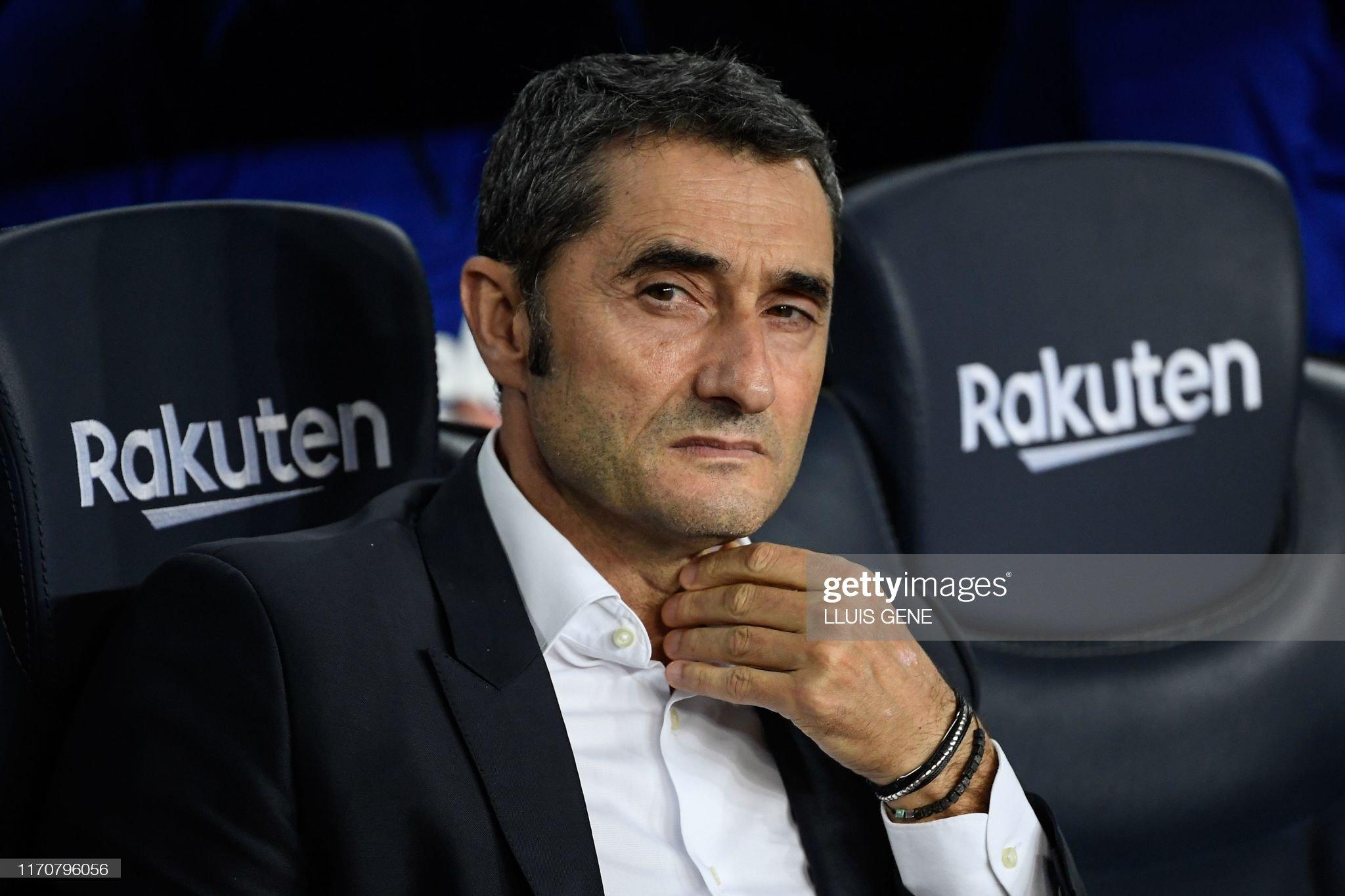 صور مباراة : برشلونة - فياريال 2-1 ( 24-09-2019 )  Barcelonas-spanish-coach-ernesto-valverde-looks-on-prior-to-the-picture-id1170796056?s=2048x2048