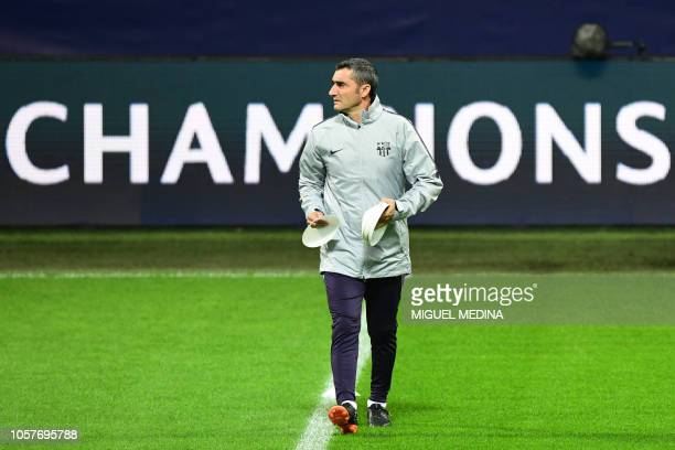 Barcelona's Spanish coach Ernesto Valverde supervises a training session on November 5 2018 at San Siro stadium on the eve of the UEFA Champions...